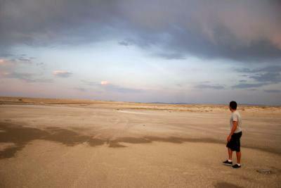 Joe lost in the Salt Flats