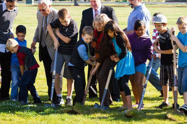 Ground broken for children's center at Temple Baptist Church