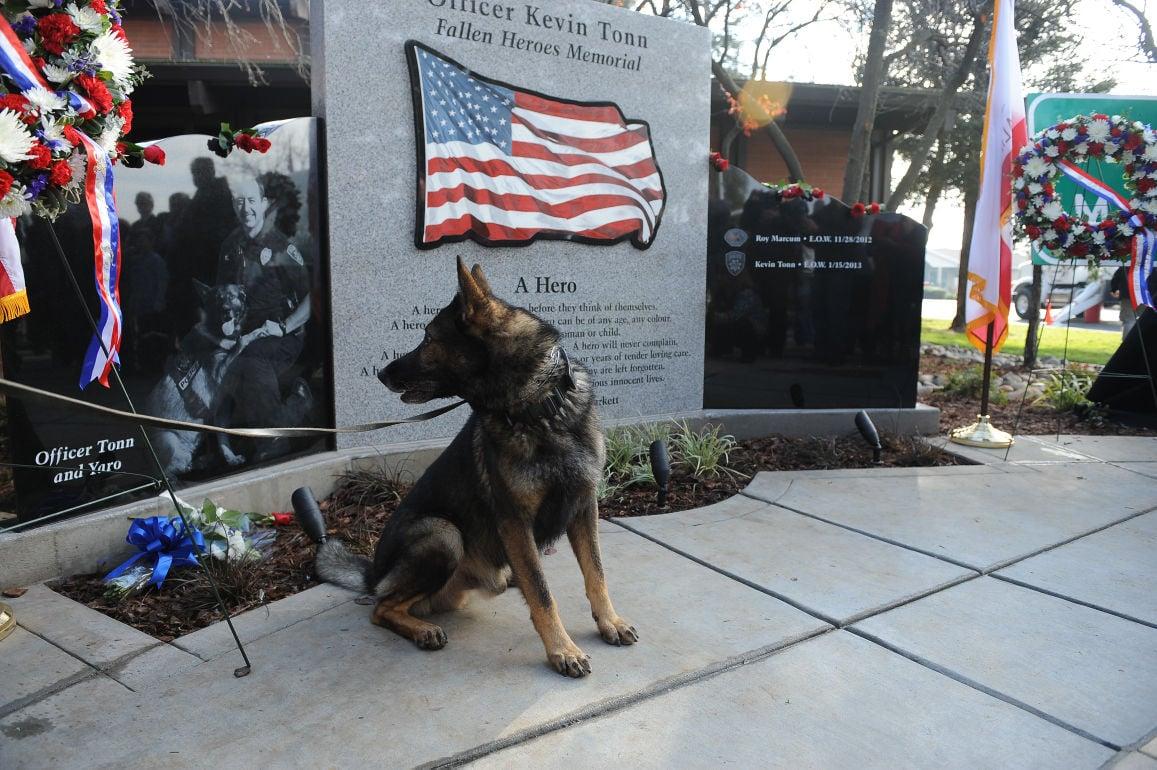 Galt dedicates memorial to slain officers Kevin Tonn and Roy Marcum