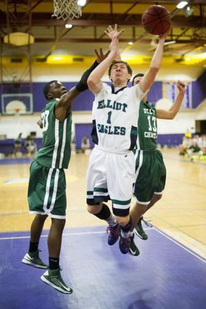 Boys basketball: Eagles knocked out in opening round