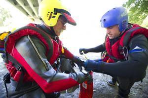 Area fire districts meet at Mokelumne River to practice water rescues