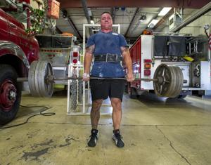 Dave Rabara breaks two weightlifting records at the United States Police and Fire Championships