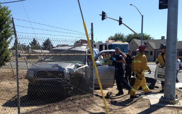 Lodi man rescues driver from burning car after crash