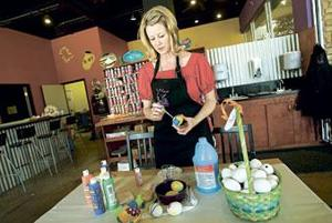 Mud Mill owner offers pottery-painting tips