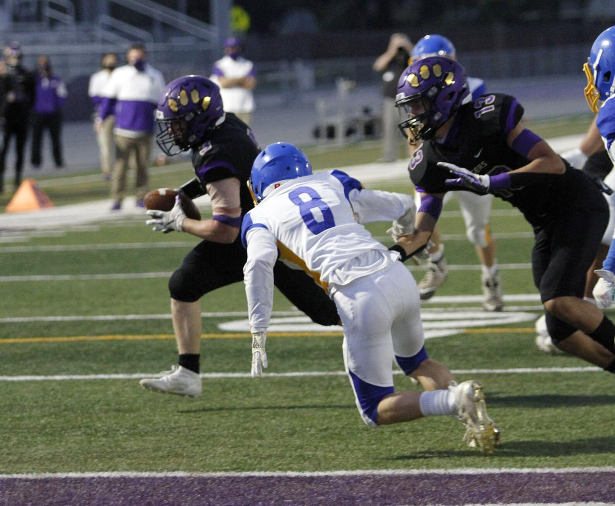High school football  Tigers eke out victory over Linden