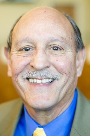 Former San Joaquin County administrator Manuel Lopez to run for supervisor seat