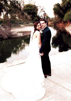 Parrish, Kleinfeldt married at Viaggio Winery