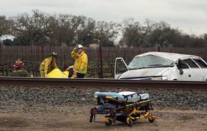 Man killed in single-vehicle crash in Acampo