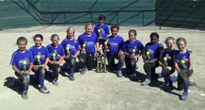 California Grapettes 10U second at softball tournament