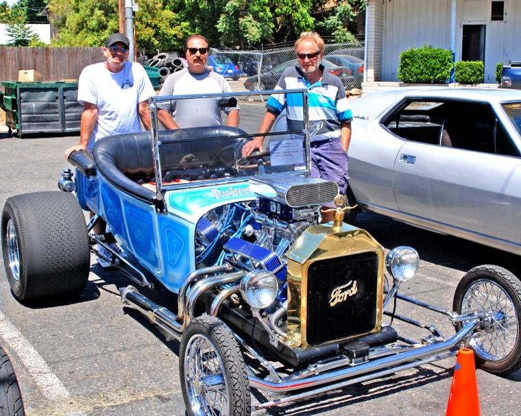 Hollywood Cafe Car Show