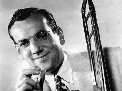 Benny Goodman, Glenn Miller face off in Battle of the Big Bands