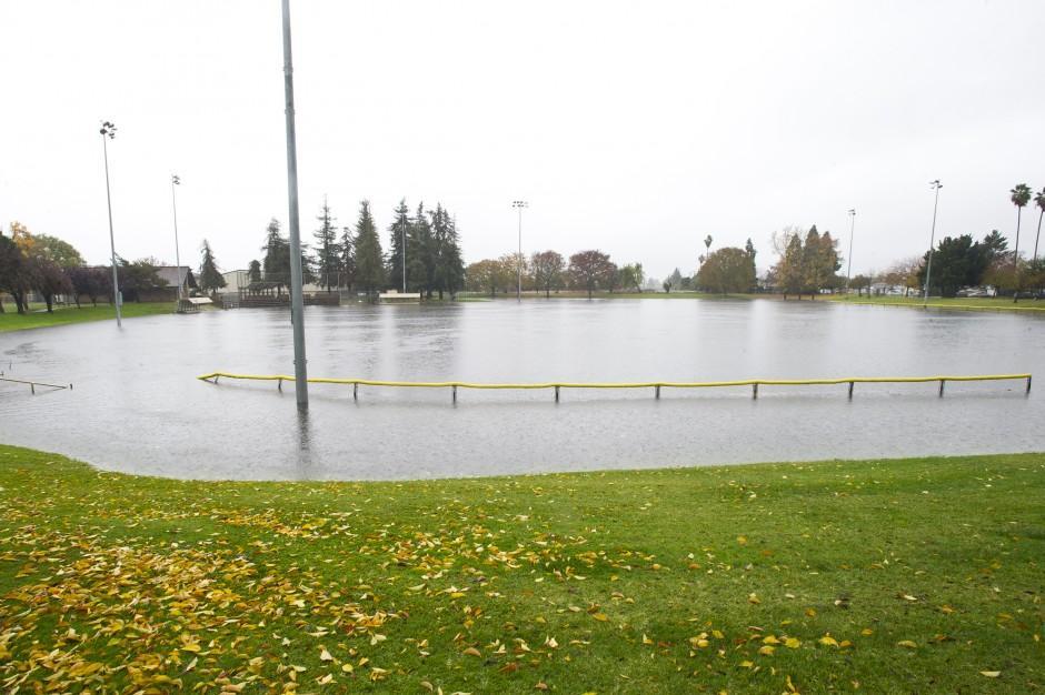Storm swamps Lodi