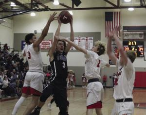 Boys basketball: Reed, Lamb ignite Flames in win over Tokay