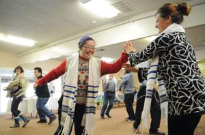 Beth Hallel invites community to join their Hanukkah celebration