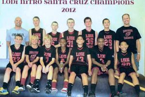 Local basketball team plays, has fun in Santa Cruz