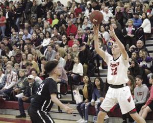 Boys basketball: Reed, Lamb ignite Flames in win over Tokay