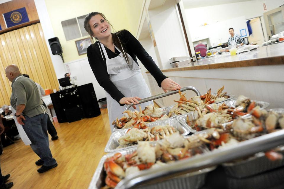 Lodi Lions Club crab feed