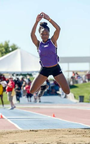 Jannell Hadnot saves best for last, takes second at state meet