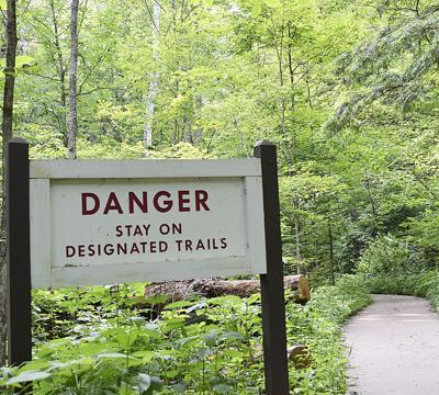 Hocking Hills trail
