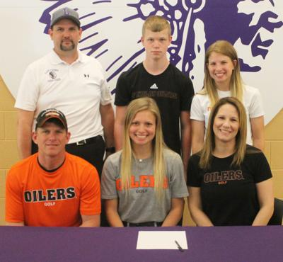 Lexis Fickel signs to play college golf at Findlay | Sports