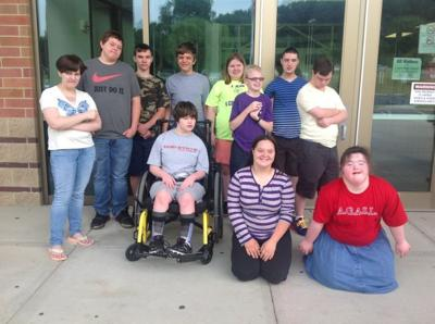 Summer program promotes employment for youth with developmental disabilities.