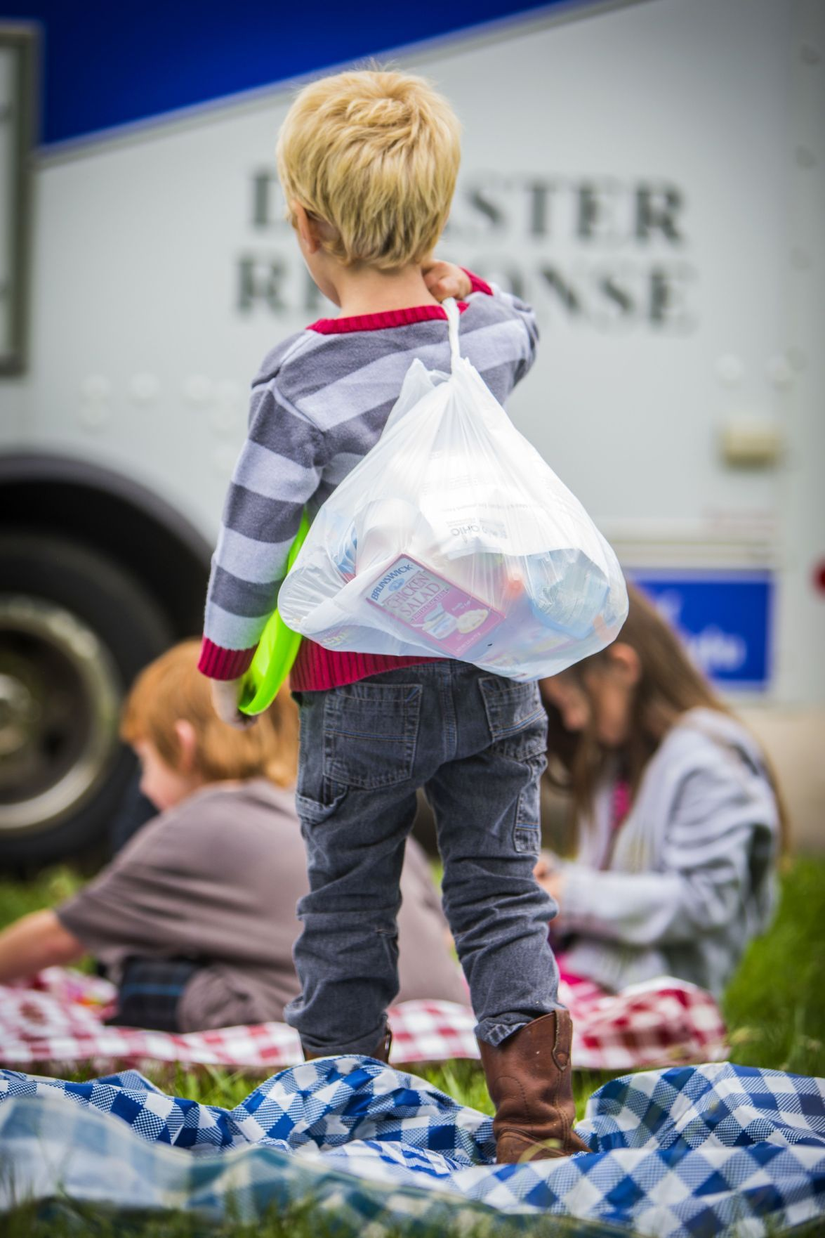 Kid carrying home food