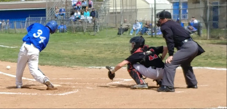 051617 Lompoc Zeke Chavez swinging.jpg