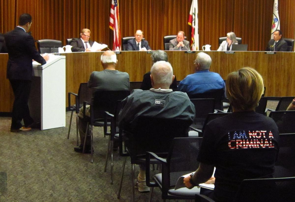 101717 Lompoc Council 01