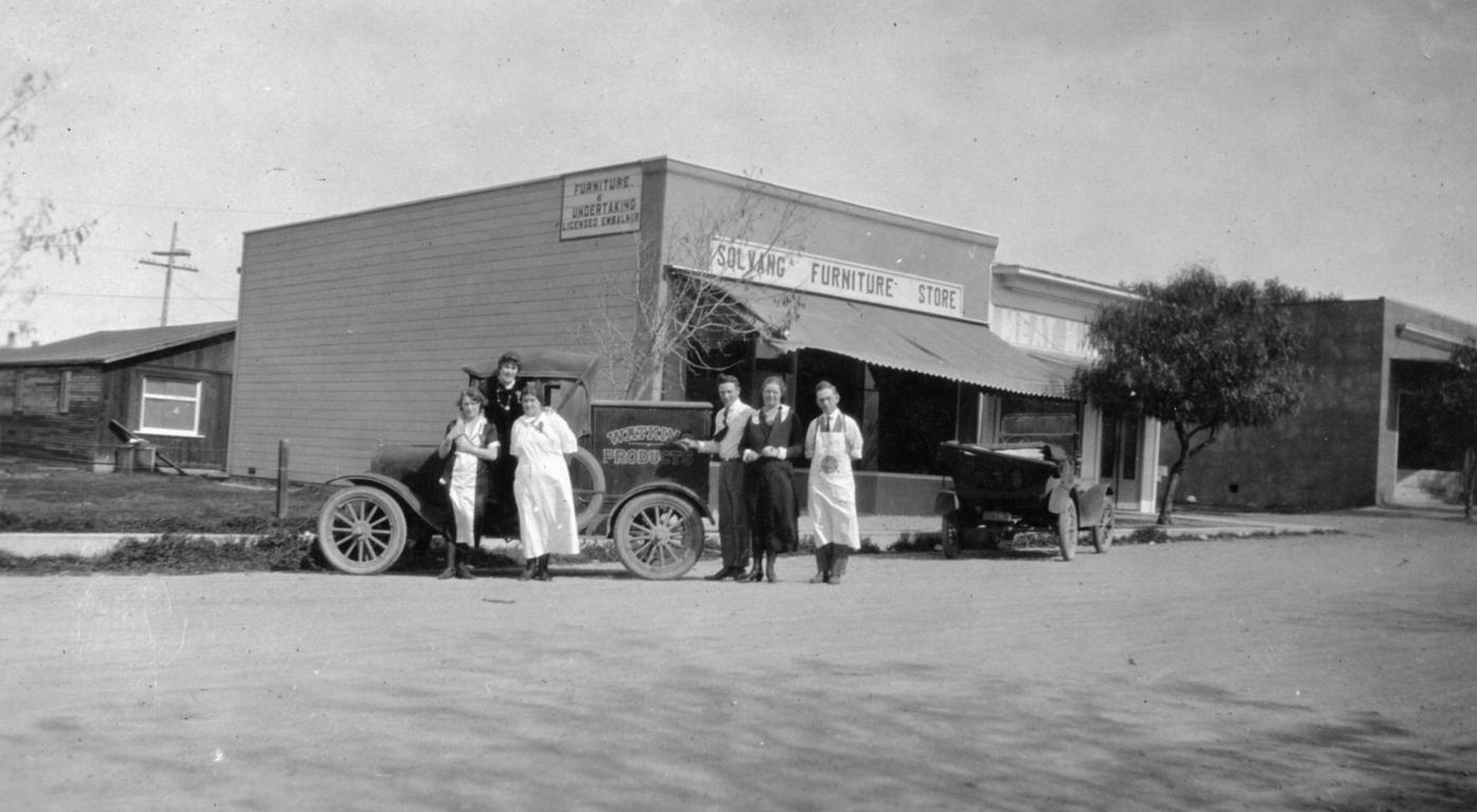 Judith Dale: 1920s Solvang - Becoming Danish Capital of America1