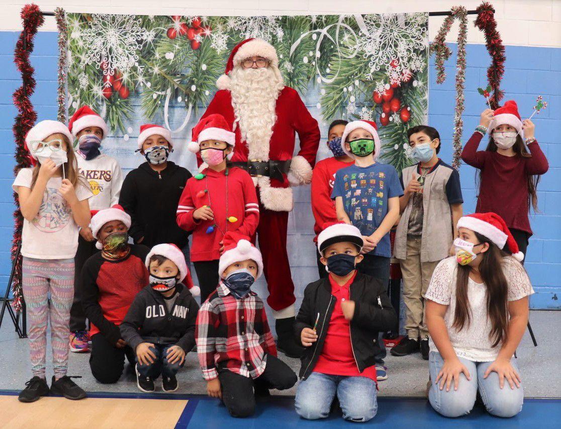 122320 Lompoc Club with Santa