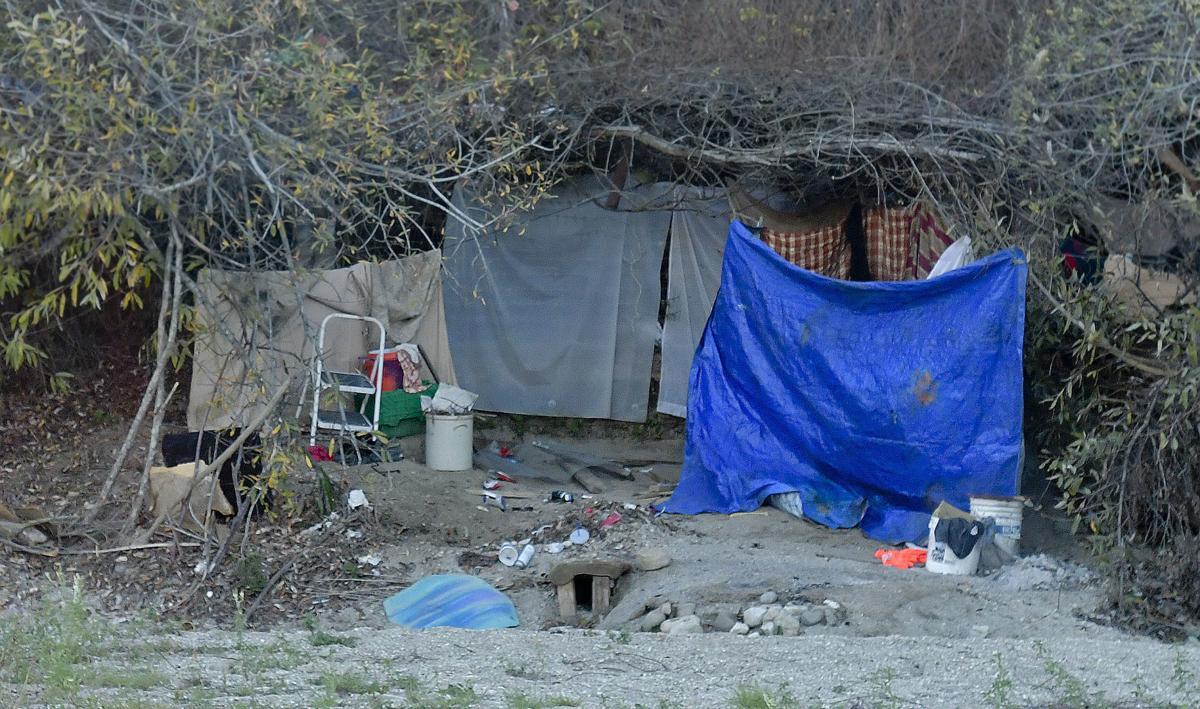 020818 Lompoc homeless 02.jpg