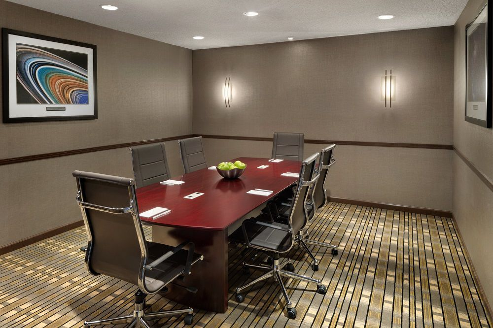 Executive boardroom at Embassy Suites by Hilton Lompoc Central Coast