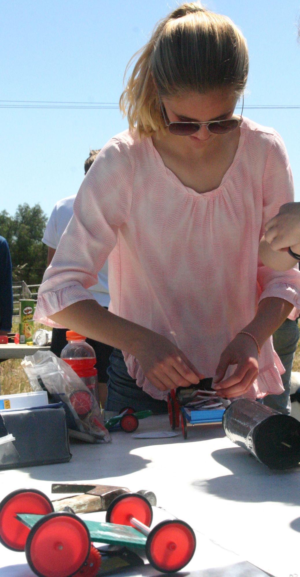 Dunn School Students Use Solar Power To Cook Hot Dogs Local News