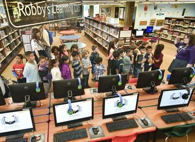 051817 Lompoc Pride Library 02.jpg (copy)