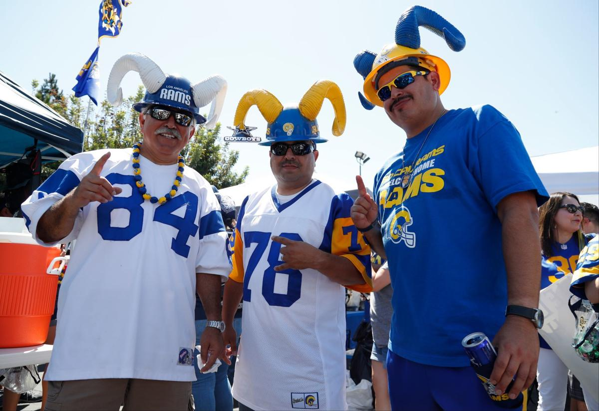 c766d3788be Super Bowl Gallery  How do you spell Rams  L-O-S A-N-G-E-L-E-S ...