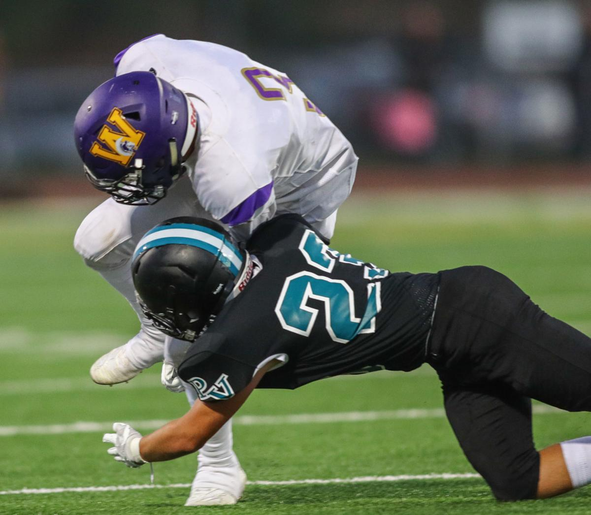 090619 FB Pioneer vs Righetti 17.jpg