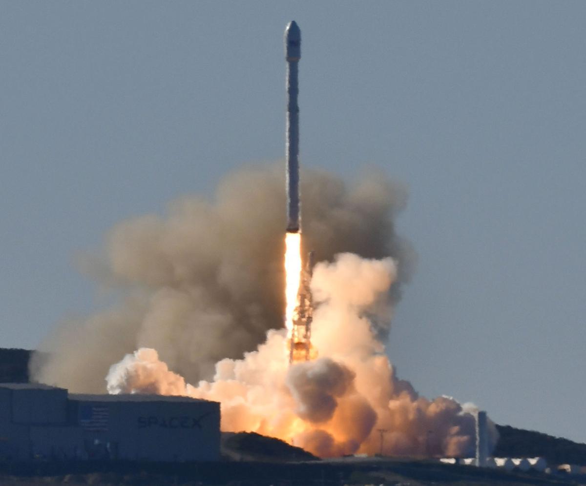 011417 SpaceX Iridium 01.jpg