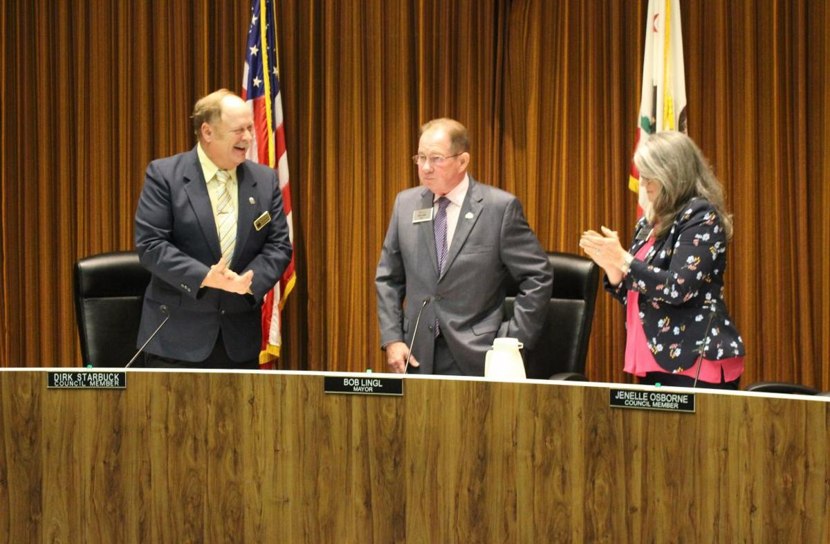 Council Swearing In 1.jpg