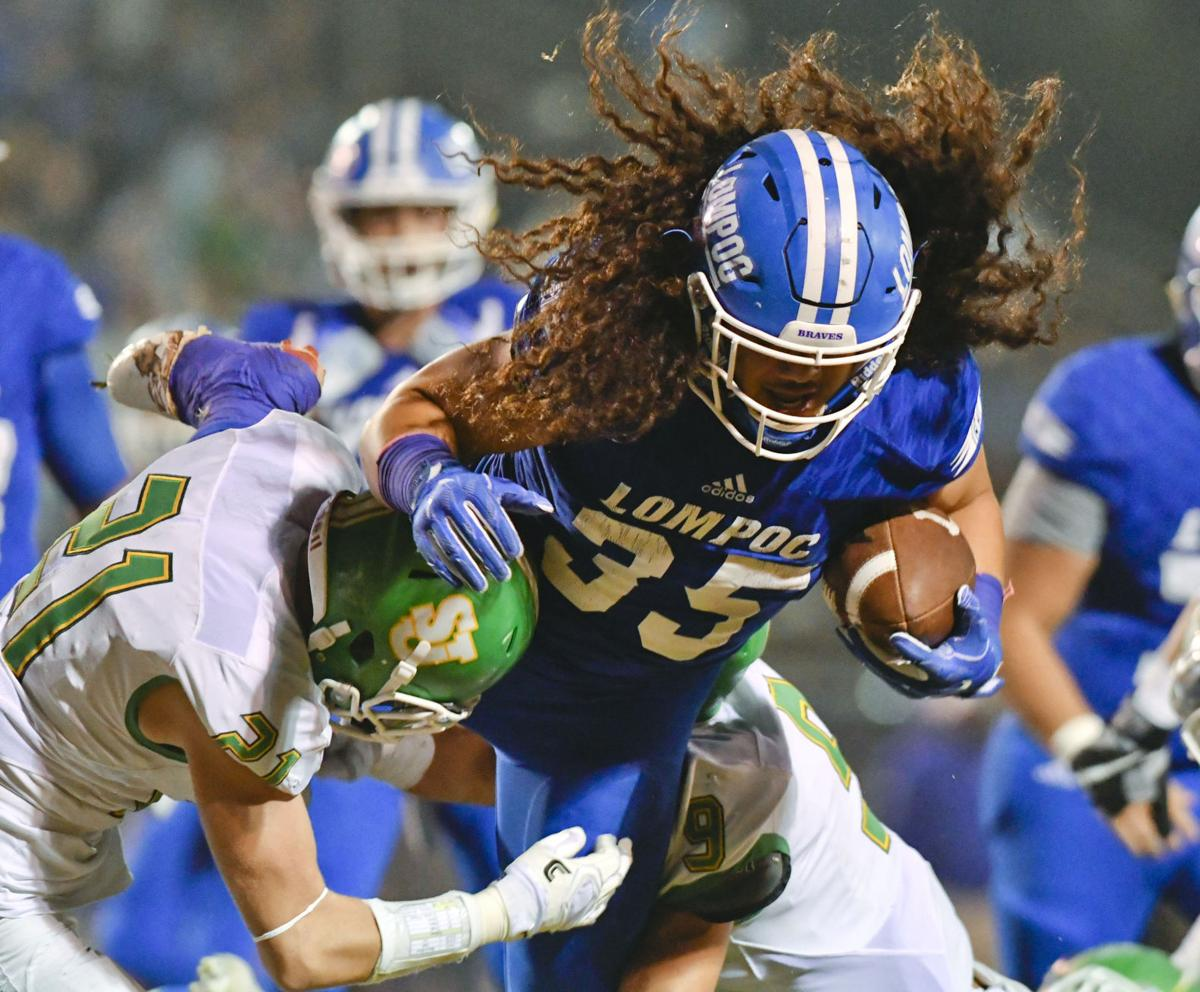 102717 SJ Lompoc football 15.jpg