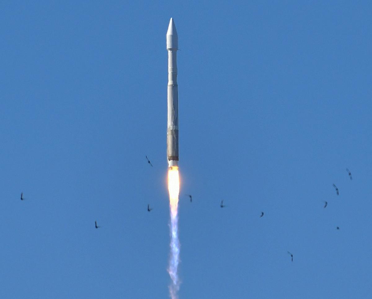030117 Atlas V launch 02.jpg (copy)