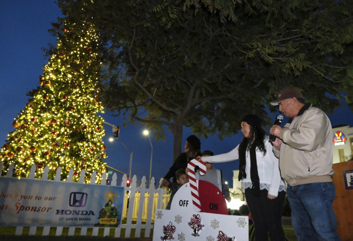 Evelyn Cervantes lights up Santa Maria at annual Community Christmas ...