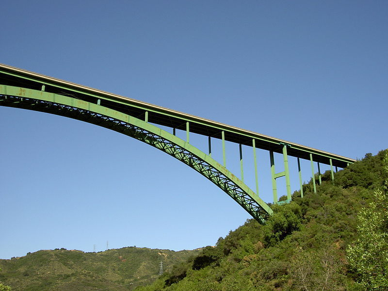 Cold Spring Canyon Arch Bridge.jpg