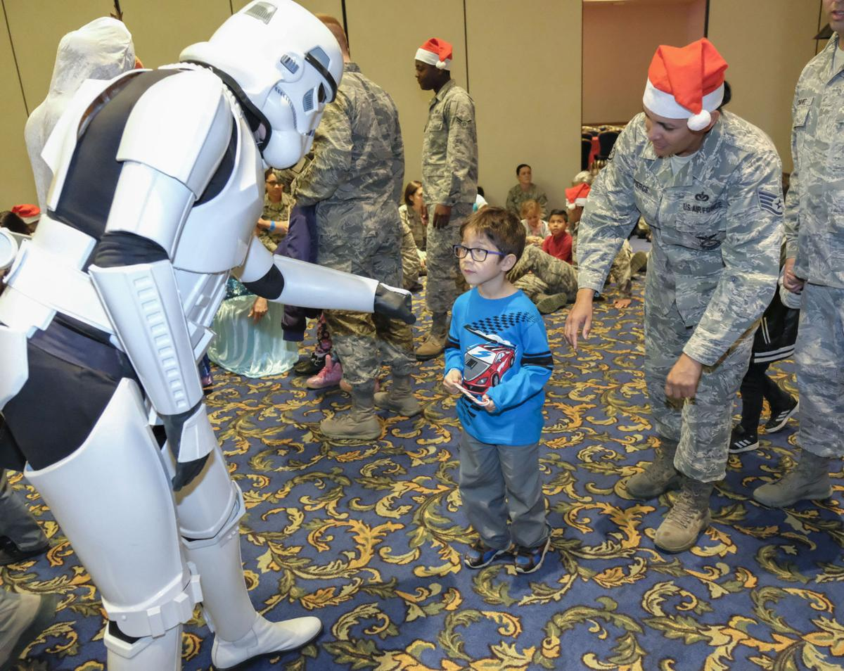120217 Operation Kids Christmas 05.jpg