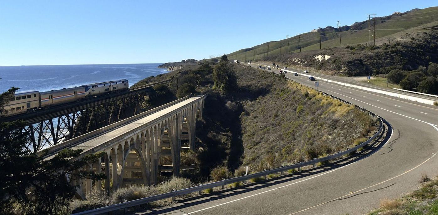 Highway 101 near Vista Point.jpg