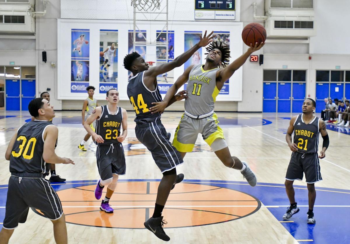 122817 Chabot Hancock m basketball 01.jpg