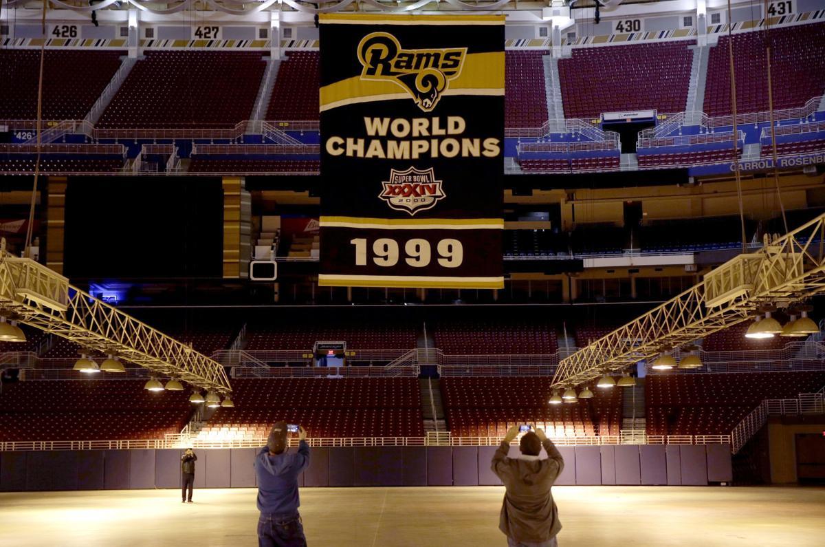142a7c892e0 Super Bowl Gallery  How do you spell Rams  L-O-S A-N-G-E-L-E-S ...