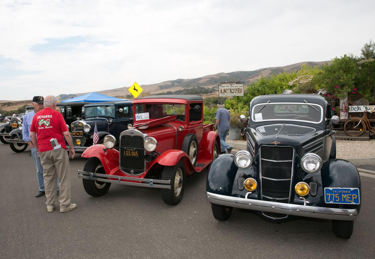 GALLERY Th Annual Bent Axles Car Show Shines In Old Town Orcutt - Old town car show