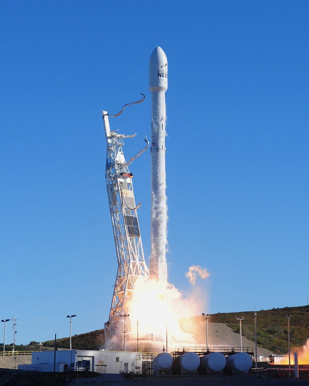 Falcon launch (copy)