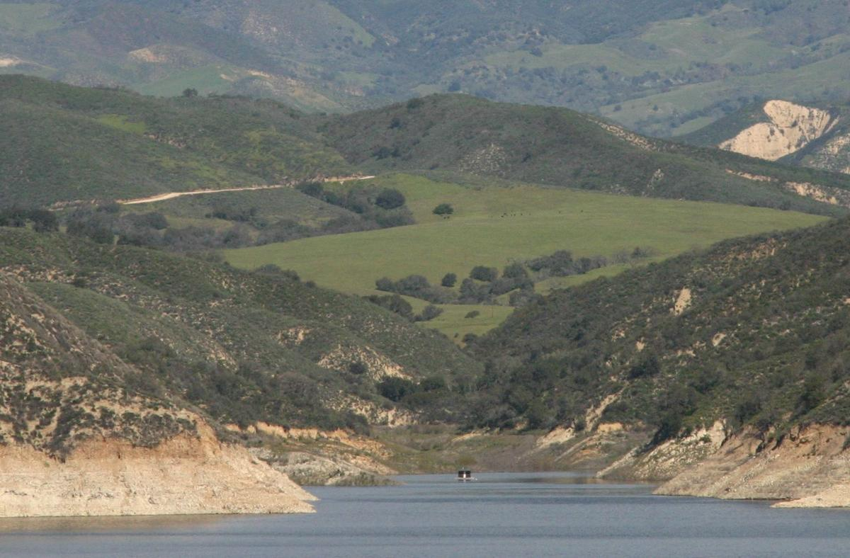 Cachuma gibraltar reservoirs rise from rain twitchell for Lake cachuma fishing report