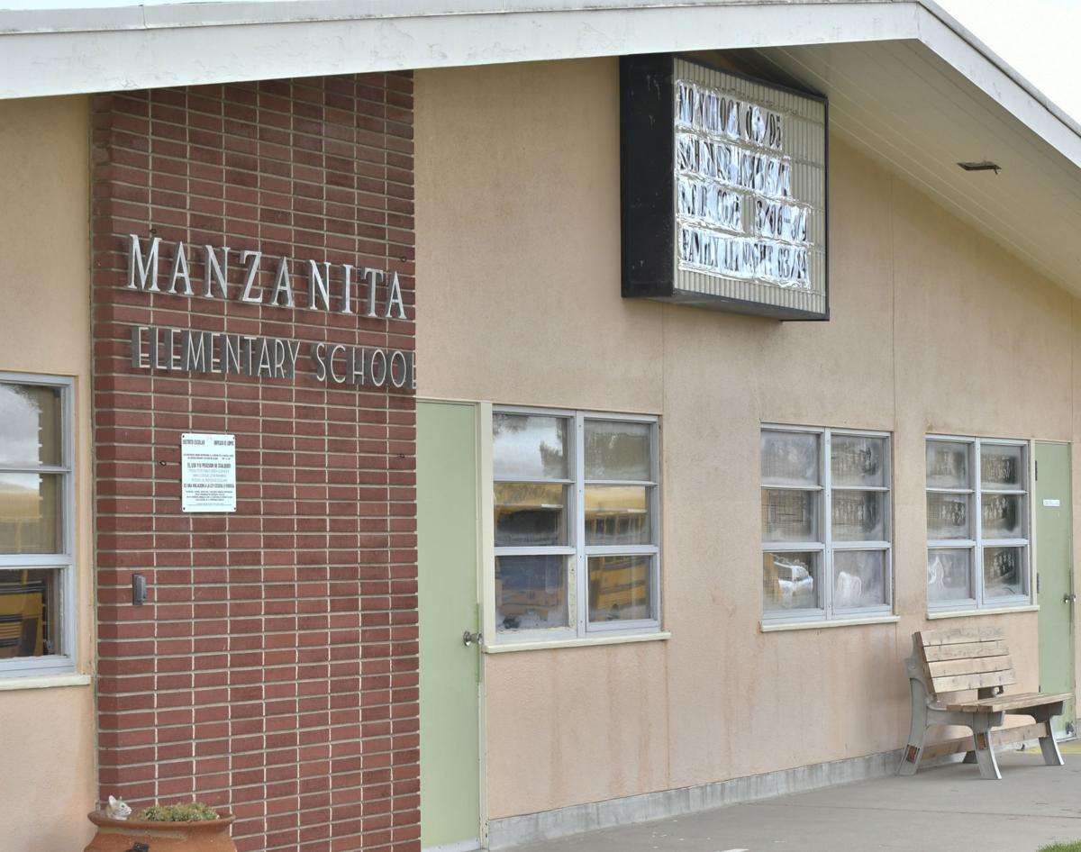 031618 Manzanita Charter School 02.jpg